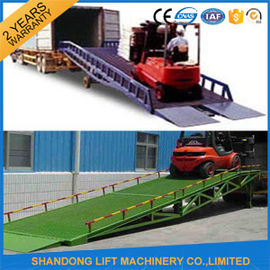 China 8 Ton Steel Trailer Ramp for Container Loading / Unloading 0.75kw 2.2kw Power distributor