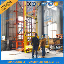 China 700kgs 4m Warehouse Elevator Lift Vertical Guide Rail Lift Vertical Cargo Lift Elevator CE TUV distributor
